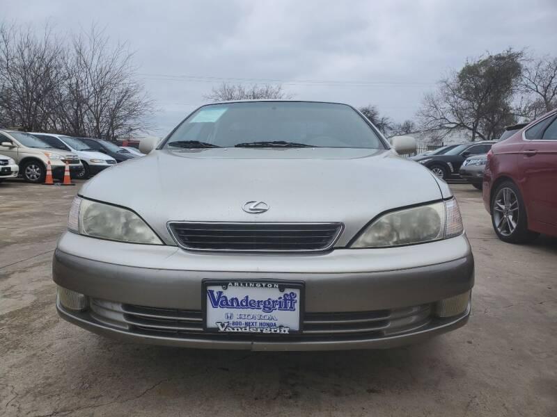 1998 Lexus ES 300 for sale at Star Autogroup, LLC in Grand Prairie TX