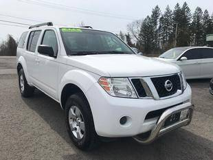 2008 Nissan Pathfinder for sale at FUSION AUTO SALES in Spencerport NY