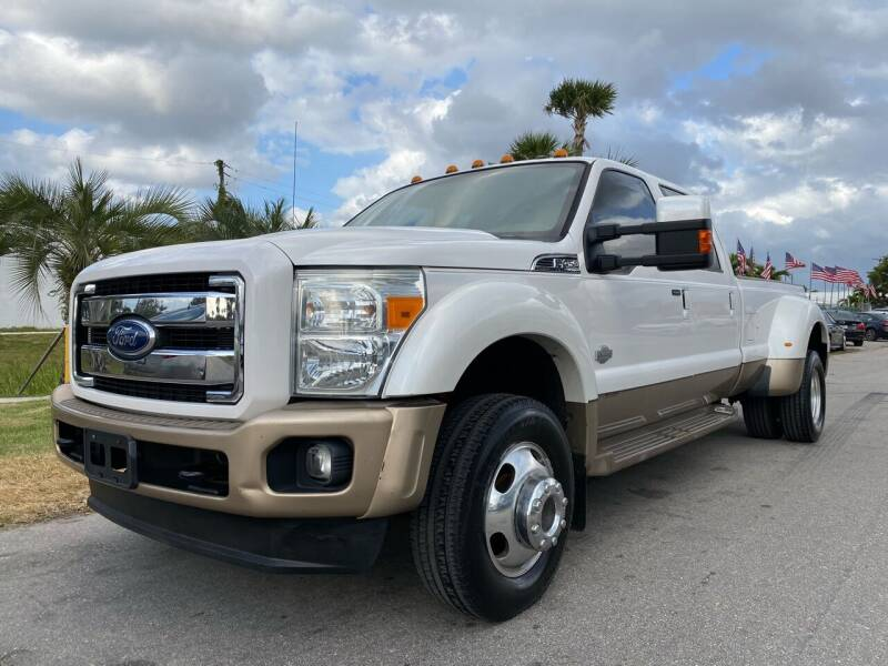 2011 Ford F-450 Super Duty for sale at GCR MOTORSPORTS in Hollywood FL
