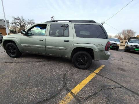 2004 Chevrolet TrailBlazer EXT for sale at Geareys Auto Sales of Sioux Falls, LLC in Sioux Falls SD