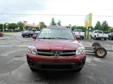 2006 Mitsubishi Endeavor for sale at Credit Cars of NWA in Bentonville AR