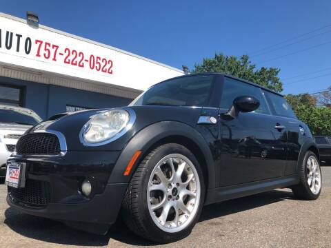 2009 MINI Cooper for sale at Trimax Auto Group in Norfolk VA