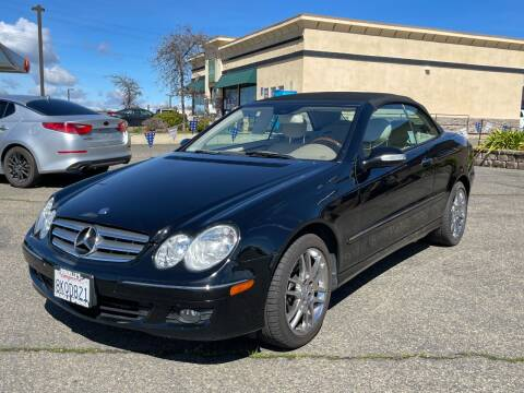2008 Mercedes-Benz CLK for sale at Deruelle's Auto Sales in Shingle Springs CA