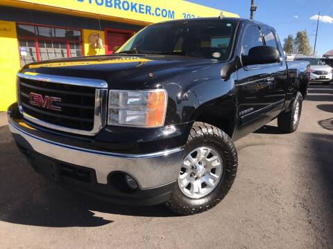 2007 GMC Sierra 1500 for sale at New Wave Auto Brokers & Sales in Denver CO