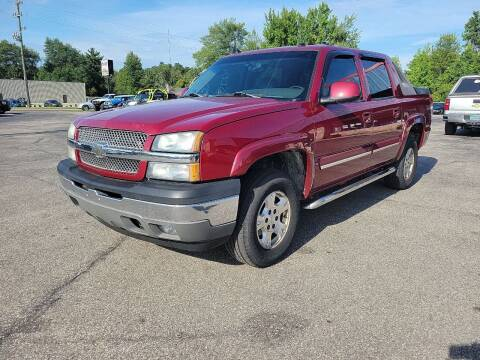 2005 Chevrolet Avalanche for sale at Cruisin' Auto Sales in Madison IN