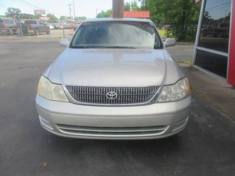 2001 Toyota Avalon for sale at Car Connection in Little Rock AR