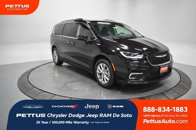 2021 Chrysler Pacifica for sale in De Soto, MO
