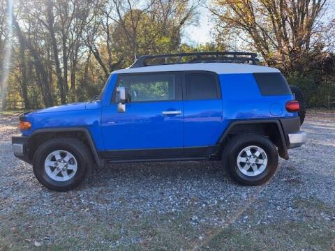 2008 Toyota FJ Cruiser for sale at Mater's Motors in Stanley NC