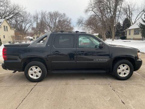 2007 Chevrolet Avalanche for sale at Iowa Auto Sales, Inc in Sioux City IA