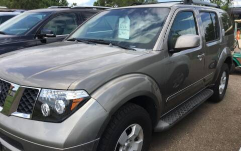 2006 Nissan Pathfinder for sale at BARNES AUTO SALES in Mandan ND
