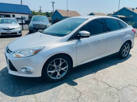 2014 Ford Focus for sale at Sunset Motors in Manteca CA