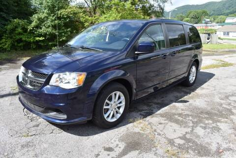2016 Dodge Grand Caravan for sale at Gamble Motor Co in La Follette TN