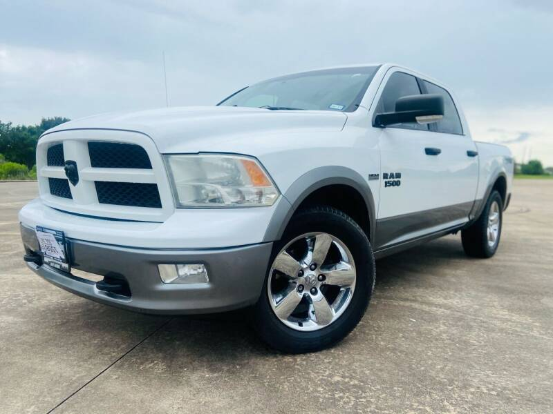 2010 Dodge Ram Pickup 1500 for sale at AUTO DIRECT Bellaire in Houston TX