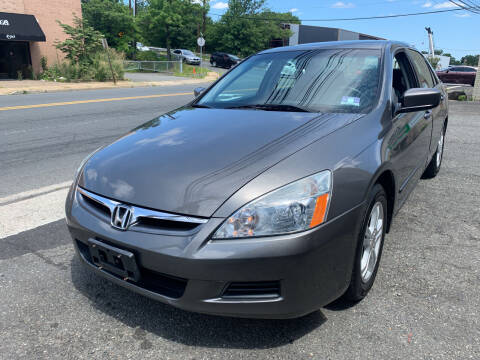 2006 Honda Accord for sale at M & C AUTO SALES in Roselle NJ