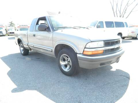 2002 Chevrolet S-10 for sale at Auto House Of Fort Wayne in Fort Wayne IN
