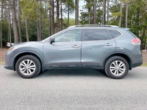 2014 Nissan Rogue for sale at H&C Auto in Oilville VA