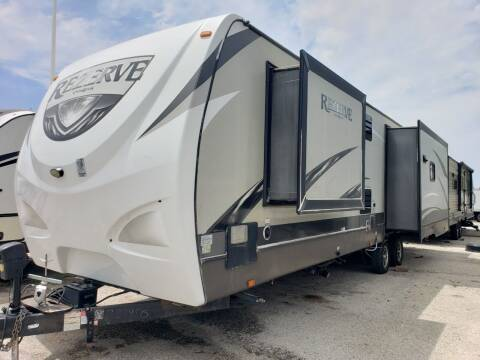 2016 Crossroads Rezerve for sale at Ultimate RV in White Settlement TX