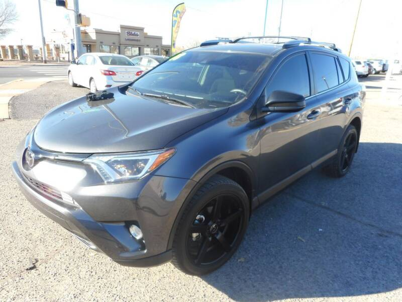 2018 Toyota RAV4 for sale at AUGE'S SALES AND SERVICE in Belen NM