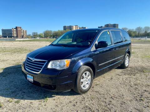 2010 Chrysler Town and Country for sale at Siglers Auto Center in Skokie IL