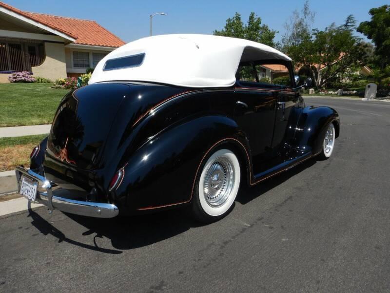 1938 Ford Cabriolet  Sedan Deluxe Street Rod - Los Angeles CA