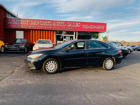 2016 Toyota Camry for sale at LUXURY IMPORTS AUTO SALES INC in North Branch MN