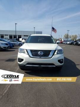 2017 Nissan Pathfinder for sale at COYLE GM - COYLE NISSAN - New Inventory in Clarksville IN