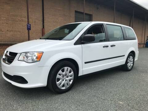2015 Dodge Grand Caravan for sale at Bob's Motors in Washington DC