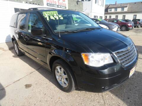 2008 Chrysler Town and Country for sale at Uno's Auto Sales in Milwaukee WI