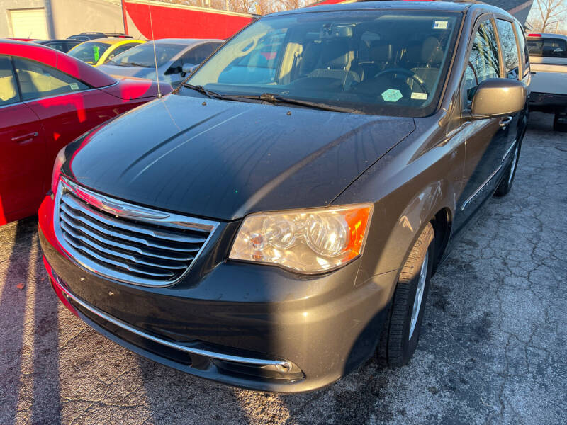 2012 Chrysler Town and Country for sale at Best Deal Motors in Saint Charles MO