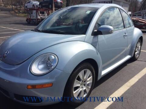 2009 Volkswagen New Beetle for sale at J & M Automotive in Naugatuck CT