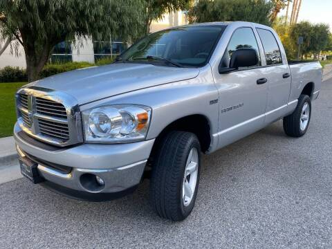 2007 Dodge Ram Pickup 1500 for sale at Donada  Group Inc in Arleta CA