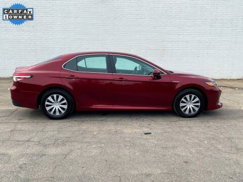 2018 Toyota Camry Hybrid for sale at Smart Chevrolet in Madison NC