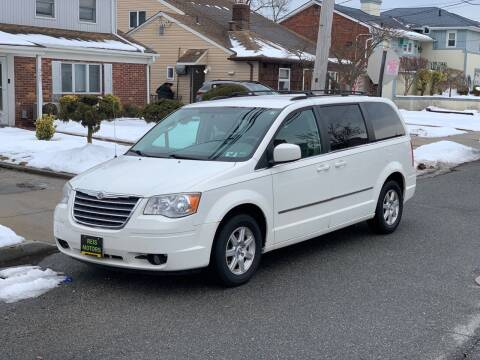 2010 Chrysler Town and Country for sale at Reis Motors LLC in Lawrence NY