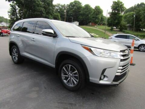 2019 Toyota Highlander for sale at Specialty Car Company in North Wilkesboro NC