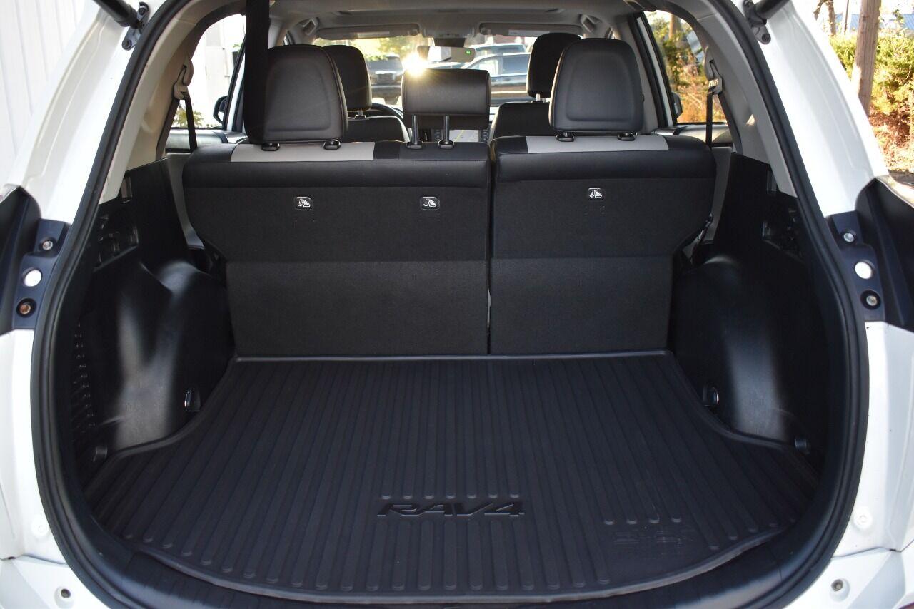 2017 Toyota RAV4 Limited AWD 4dr SUV full