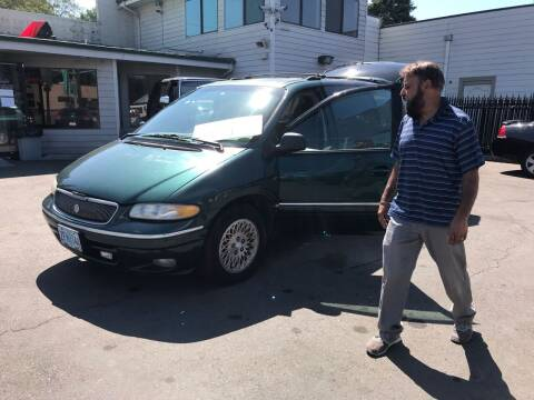 1996 Chrysler Town and Country for sale at Salem Auto Market in Salem OR
