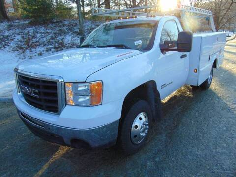 2007 GMC Sierra 3500HD CC for sale at Lakewood Auto in Waterbury CT
