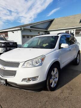 2009 Chevrolet Traverse for sale at JR Auto in Brookings SD
