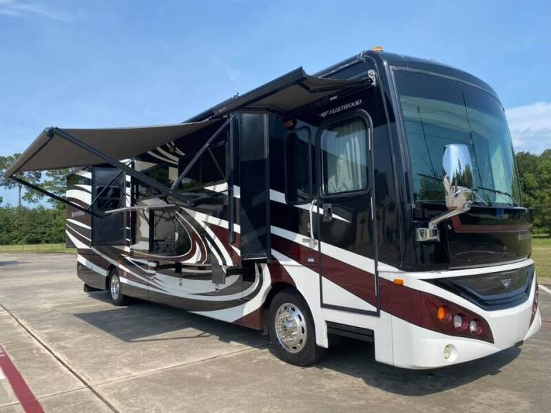 2013 Fleetwood Expedition 38s, 1.5 Bathroom  for sale at Top Choice RV in Spring TX