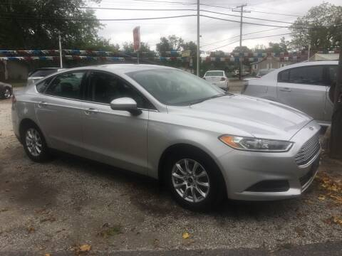 2015 Ford Fusion for sale at Antique Motors in Plymouth IN