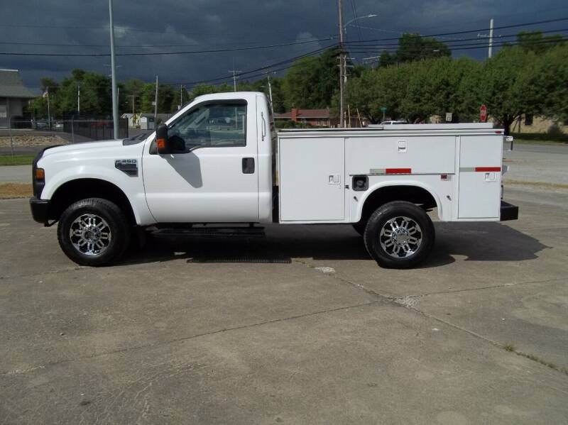2009 Ford F-350 Super Duty for sale at R V Used Cars LLC in Georgetown OH