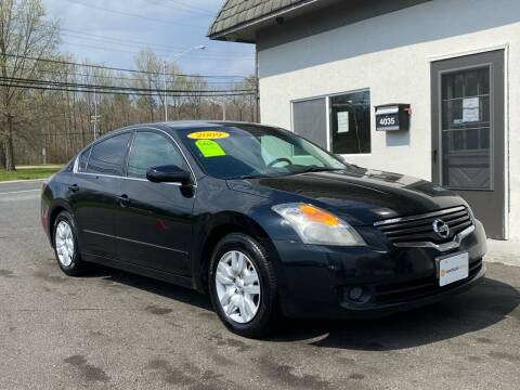 2009 Nissan Altima for sale at Vantage Auto Group in Tinton Falls NJ