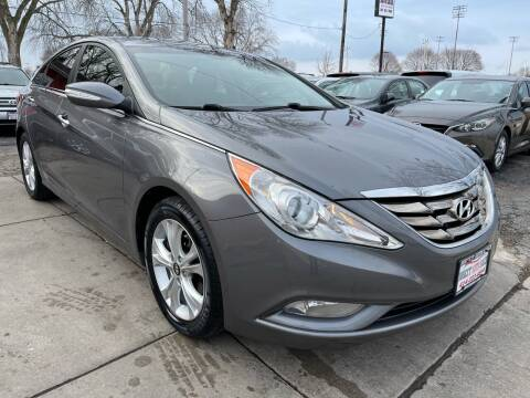 2011 Hyundai Sonata for sale at Direct Auto Sales in Milwaukee WI