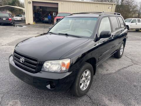 2005 Toyota Highlander for sale at Brewster Used Cars in Anderson SC