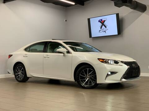 2017 Lexus ES 350 for sale at TX Auto Group in Houston TX