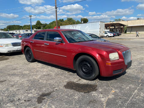 2007 Chrysler 300 for sale at Dave-O Motor Co. in Haltom City TX