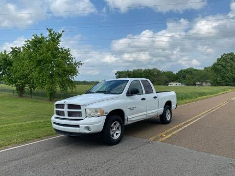 2004 Dodge Ram Pickup 1500 for sale at Tennessee Valley Wholesale Autos LLC in Huntsville AL