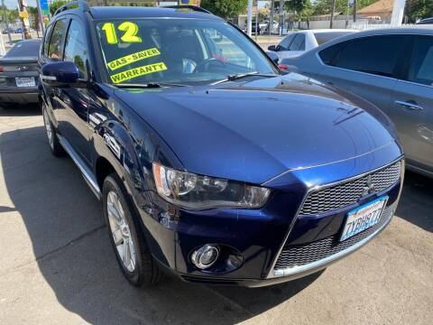 2012 Mitsubishi Outlander for sale at CAR GENERATION CENTER, INC. in Los Angeles CA