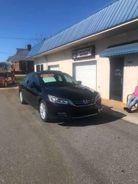 2013 Honda Accord for sale at BRIDGEPORT MOTORS in Morganton NC