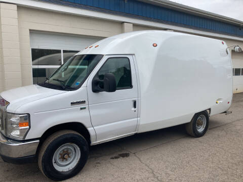 2014 Ford E-Series Chassis for sale at Ogden Auto Sales LLC in Spencerport NY